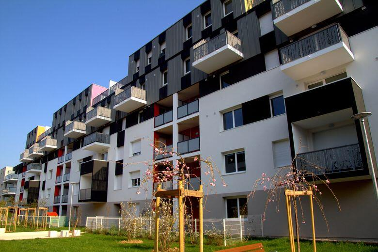 85 Logements collectifs