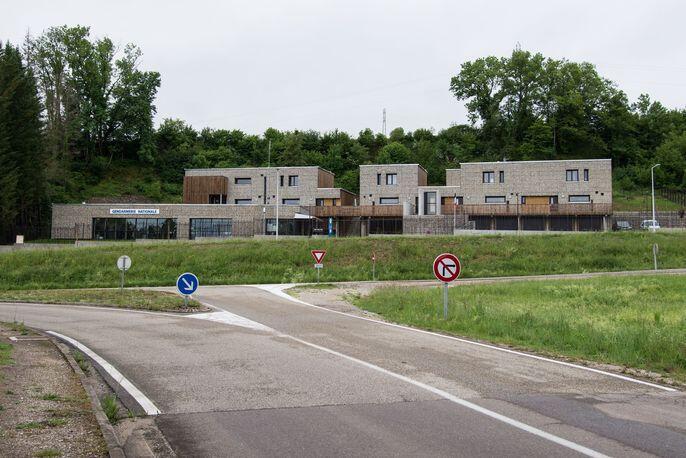 Construction d'une gendarmerie et de logements de services à Arbois