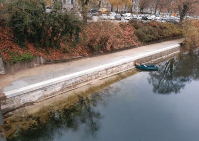 Réalisation de travaux sur les berges du Doubs à Besançon