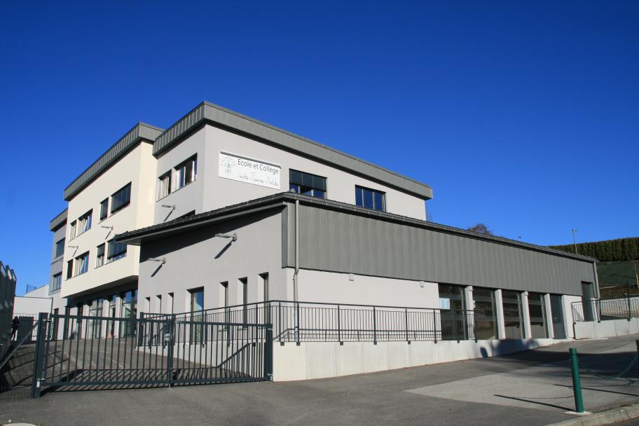 Construction du collège Ste Jeanne Antide de Labergement Ste Marie