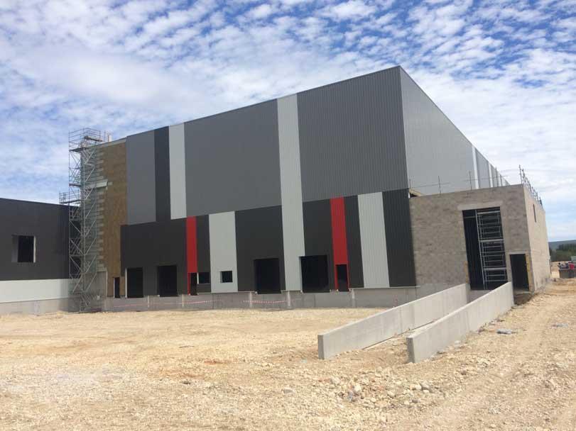Construction d'une usine de production NUNCAS de 15 000m² à Saint Vulbas